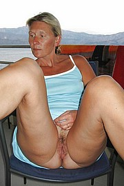 big_granny_pussy99.jpg