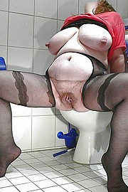 big_granny_pussy84.jpg