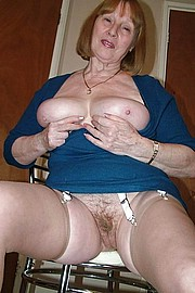 big_granny_pussy70.jpg