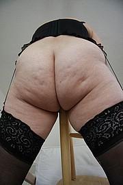 big_granny_pussy52.jpg