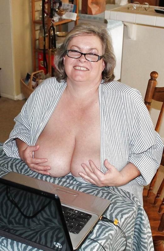Grannie Pussies 116