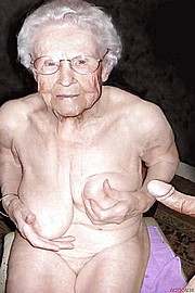 big_granny_pussy447.jpg