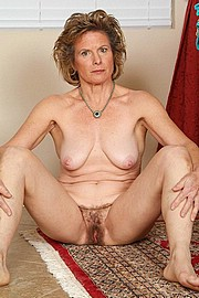 big_granny_pussy42.jpg