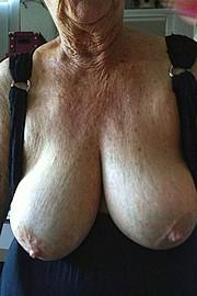 big_granny_pussy03.jpg