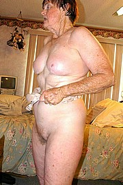 big_granny_pussy05.jpg