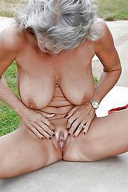 big_granny_pussy488.jpg