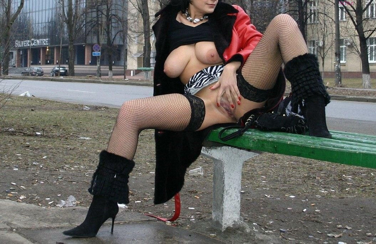 pishnogrudie-golie-modeli-foto