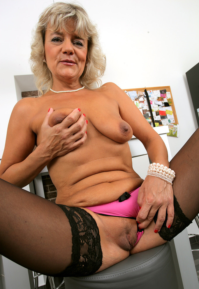 gig titted mature porn