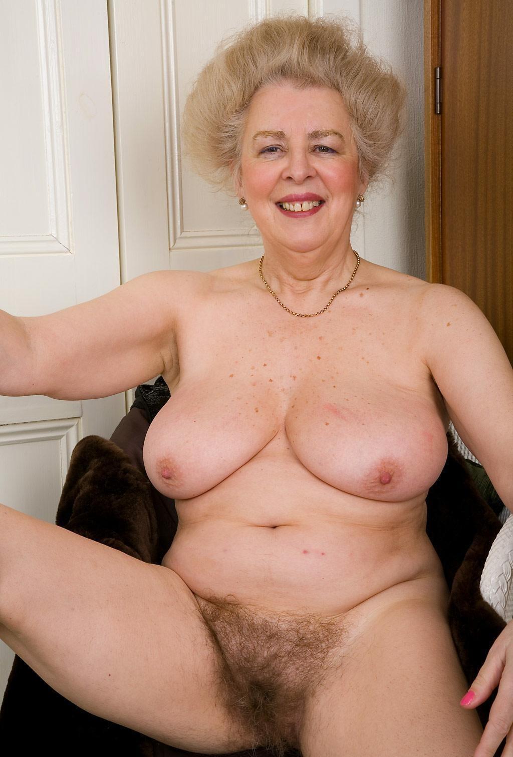 Фото Голых Бабушек С Волосатой Пиздой