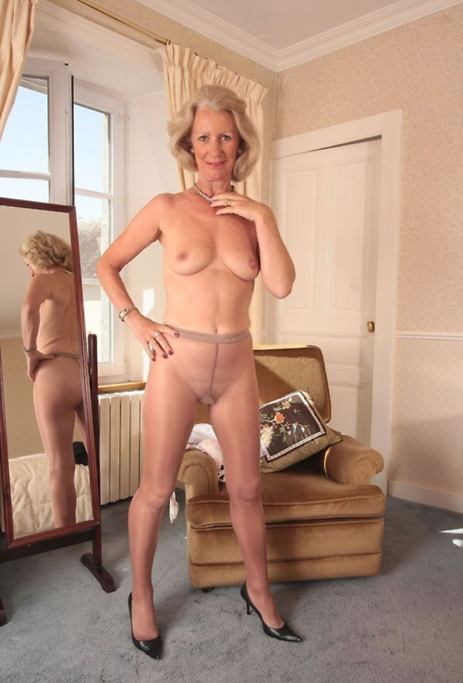 mature vintage escort girl chantilly