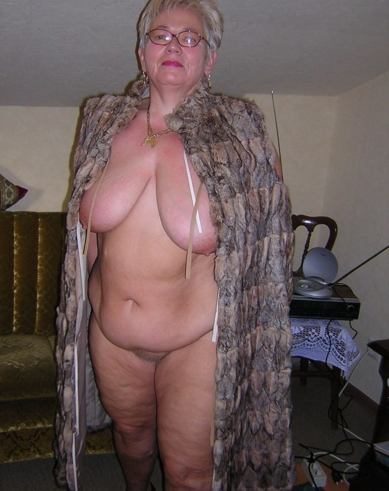 фото толстых голых бабок