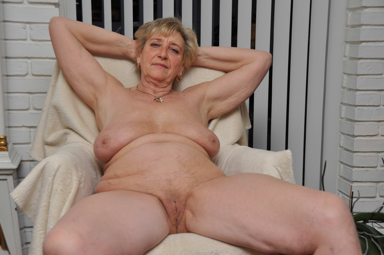 Free pics of granny pussyandvideos sexy images