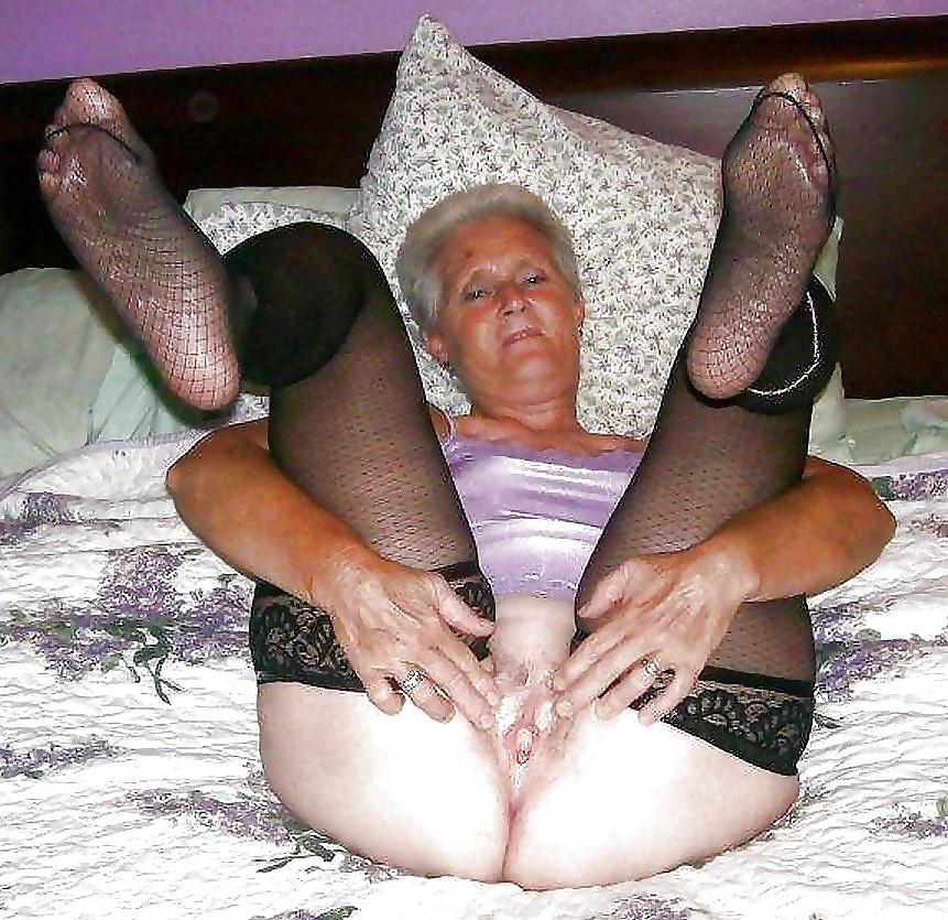Твоя бабушка шлюха