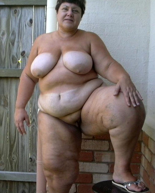 Фото толстых голых старых женщин