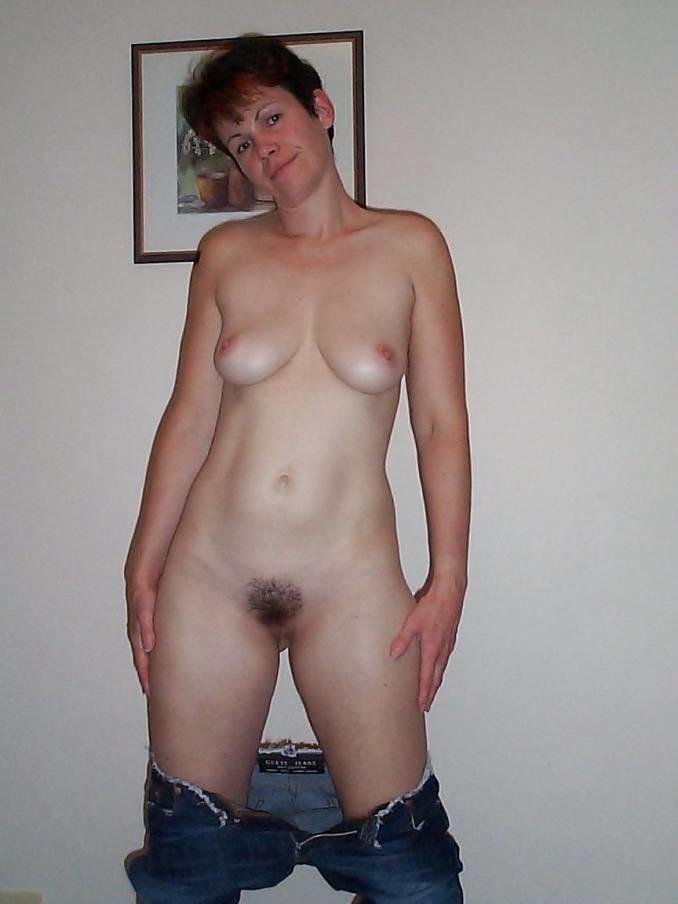 Hairy Frau