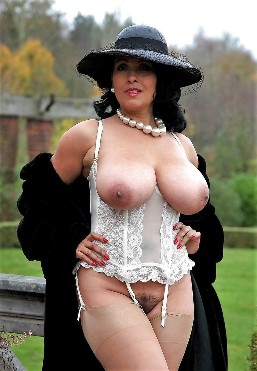 Classy whores Hot mature in stockings OOhh OOhh