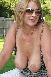 granny_big_boobs03.jpg
