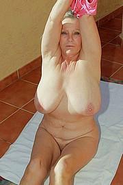 granny_big_boobs05.jpg