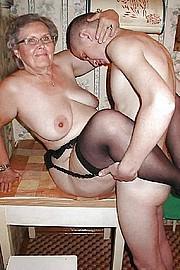 granny_big_boobs16.jpg