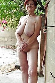 granny_big_boobs48.jpg