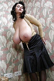 granny-big-boobs020.jpg