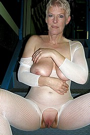 granny-big-boobs023.jpg