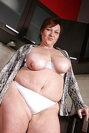 granny-big-boobs034.jpg