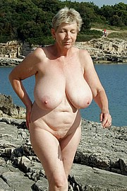 granny-big-boobs039.jpg