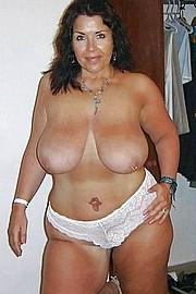 granny-big-boobs191.jpg