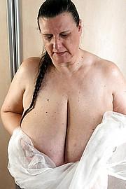 big_boobs10.jpg