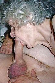 porn_granny02.jpg