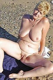 porn_granny05.jpg
