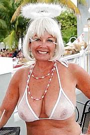 sexy-granny033.jpg