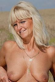 granny-sex329.jpg