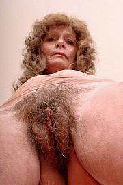 granny-sex381.jpg