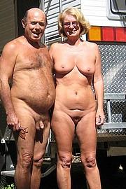 granny-sex384.jpg