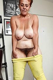 big_granny_pussy377.jpg