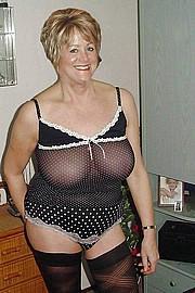 big_granny_pussy324.jpg
