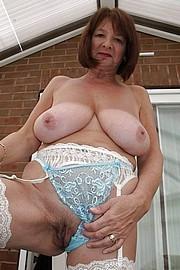 big_granny_pussy275.jpg