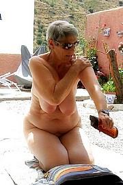 big_granny_pussy68.jpg