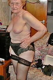 big_granny_pussy15.jpg