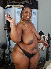 plump black girl