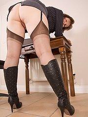 mature in stockings