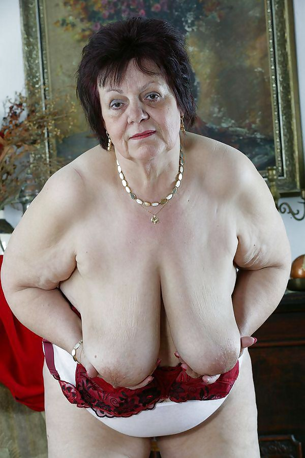 грудь пожилых женщин фото - 6