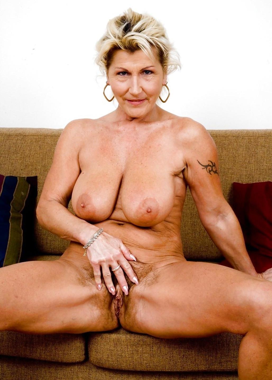 Smoking hot naked older women