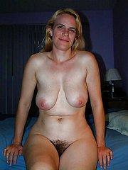 natural hairy girl
