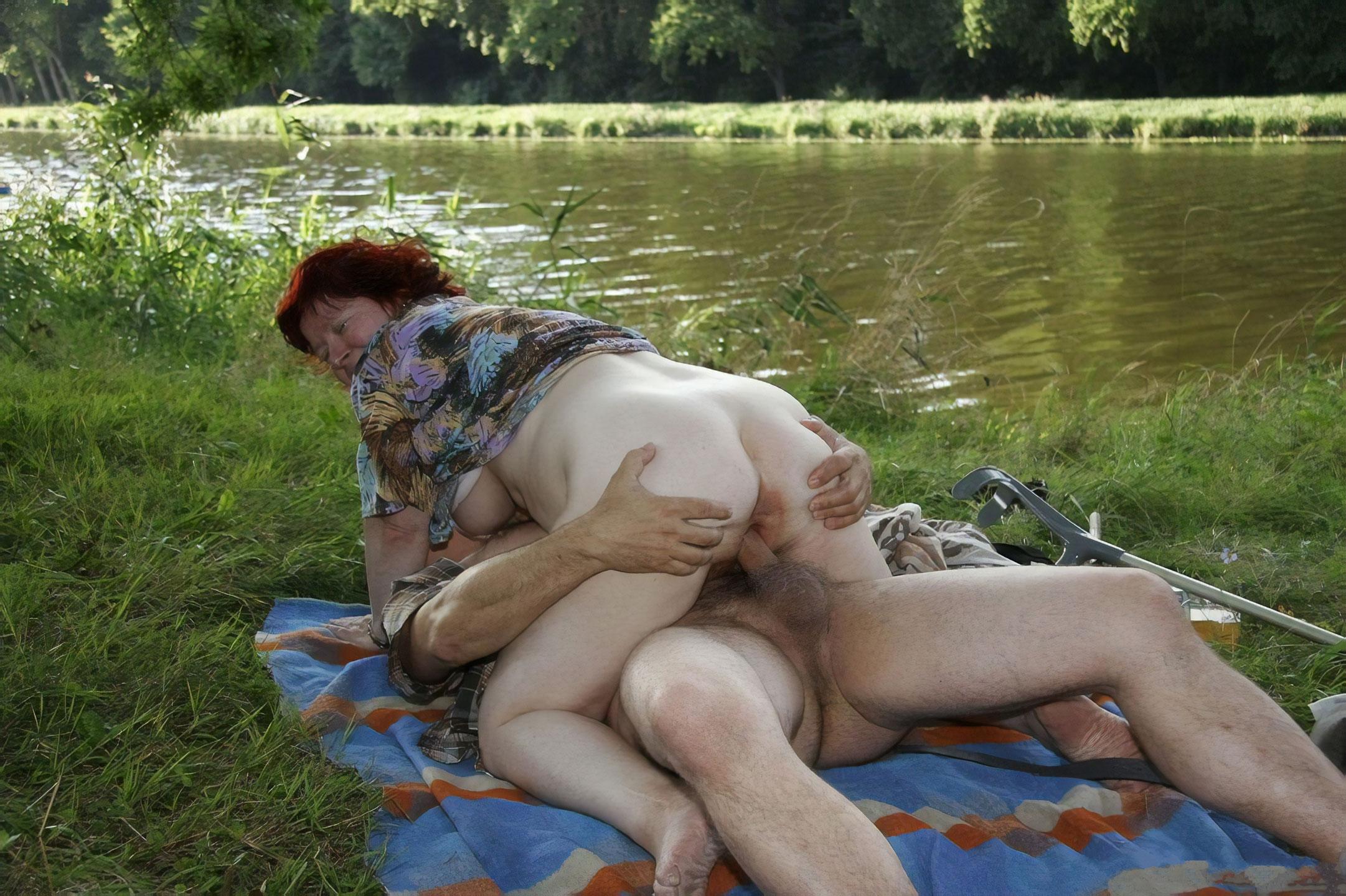 prosit-popu-erotika-zrelih-na-prirode-video-onlayn-aziatkami